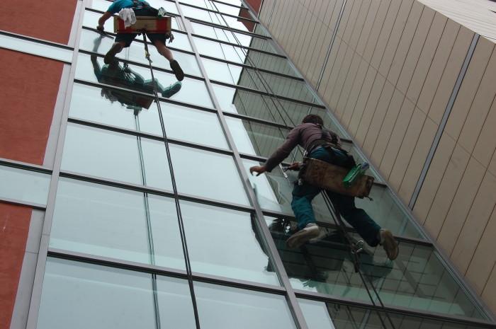 Mytí oken - ukázka realiace