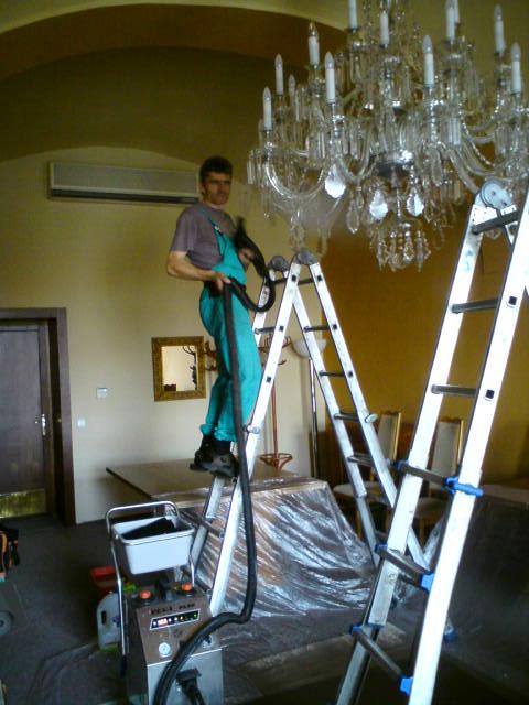 čištění lustrů